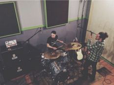Remo Drive's TourStop Session
